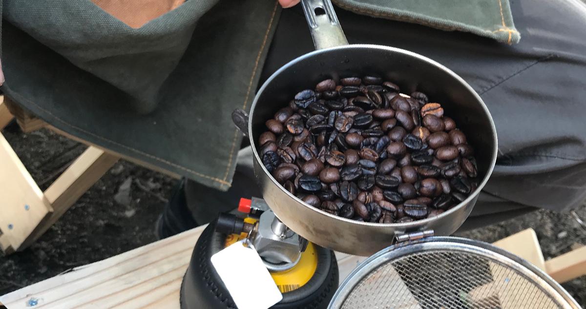 お店で見るようなコーヒー豆に。艶も素晴らしい。