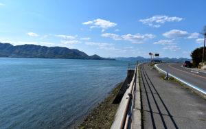 海岸線の景色を眺めながらのサイクリングロード