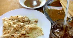 朝食はインドスタイルで