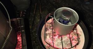 ふと気づくと高田が熱燗の準備。冬キャンプの楽しみ方を知っている。