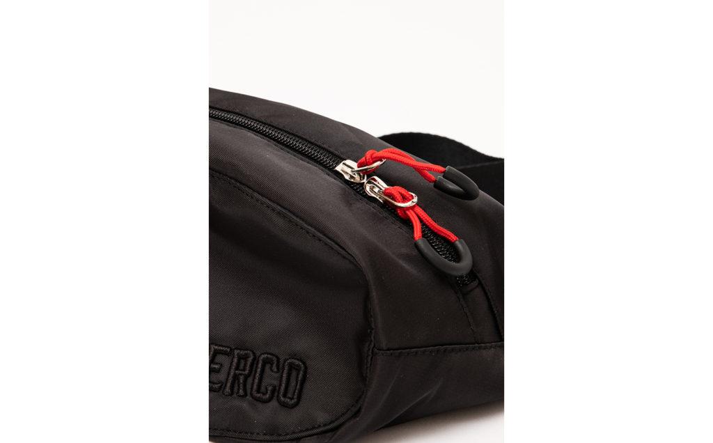 Huerco トラベルウエストバッグⅡ 3D刺繍ロゴ、YKK製ファスナー